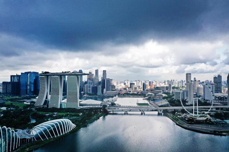 20200811-singapore skyline pano.jpg