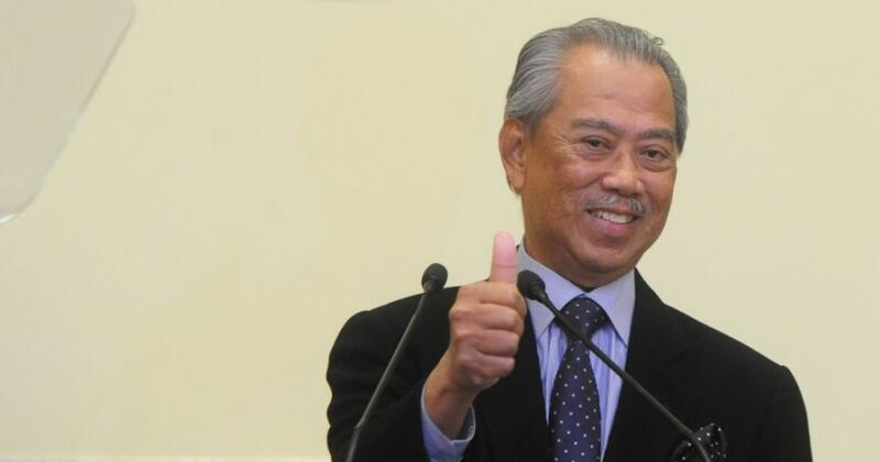 20201001-Muhyiddin thumbs up.jpg