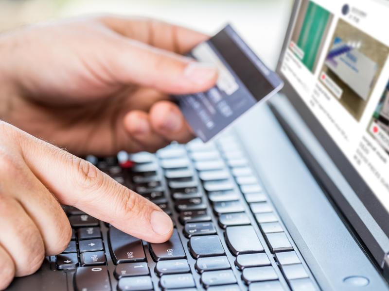 疫情期间频密上网和网购让骗子有机可乘