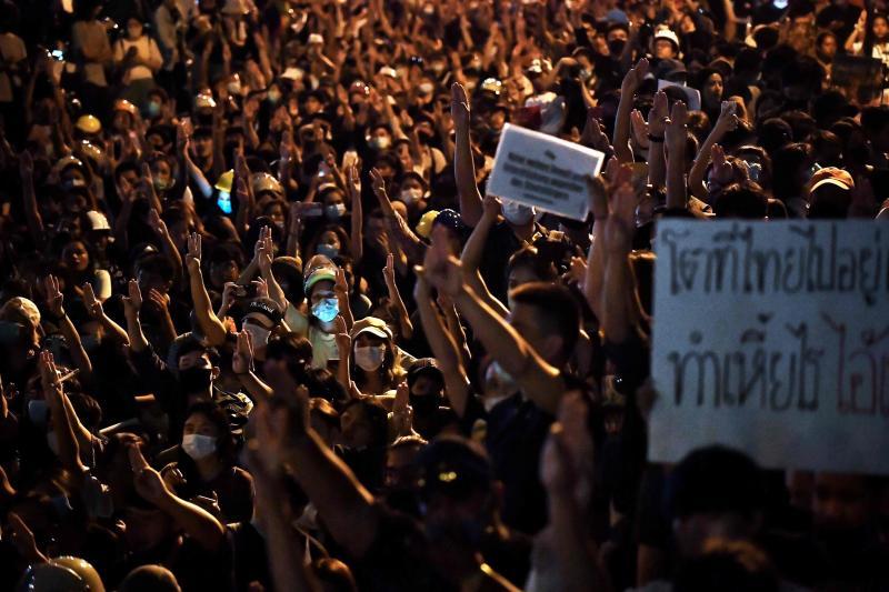 20201028 thailand protest.jpg