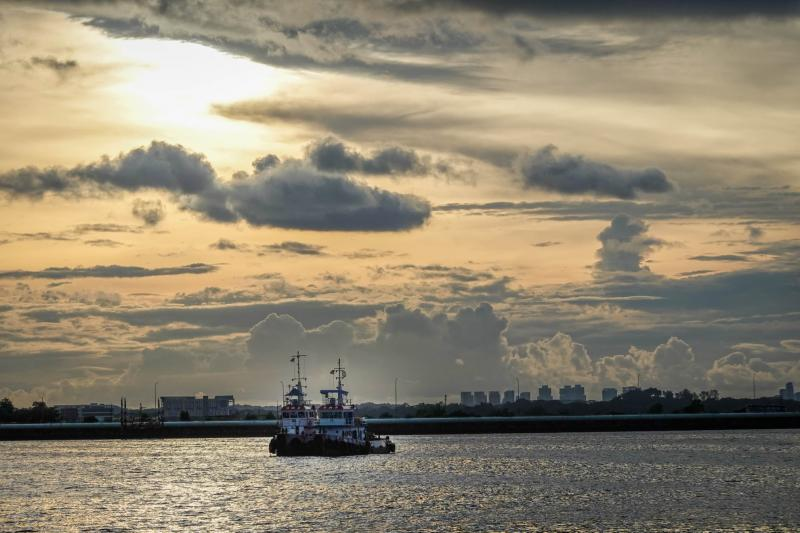 20201231-sunset at woodlands waterfront.jpg