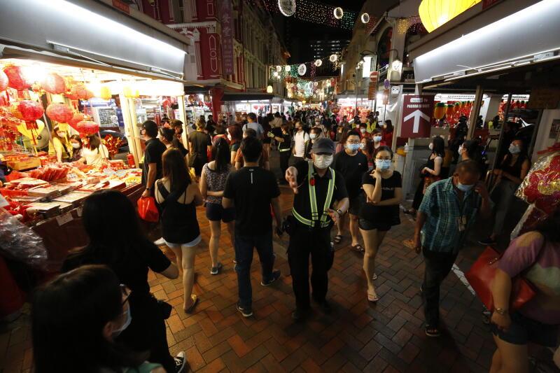 20210209-Chinatown crowd02.jpg