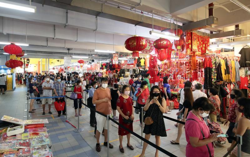 20210209-Chinatown shoppers.jpg