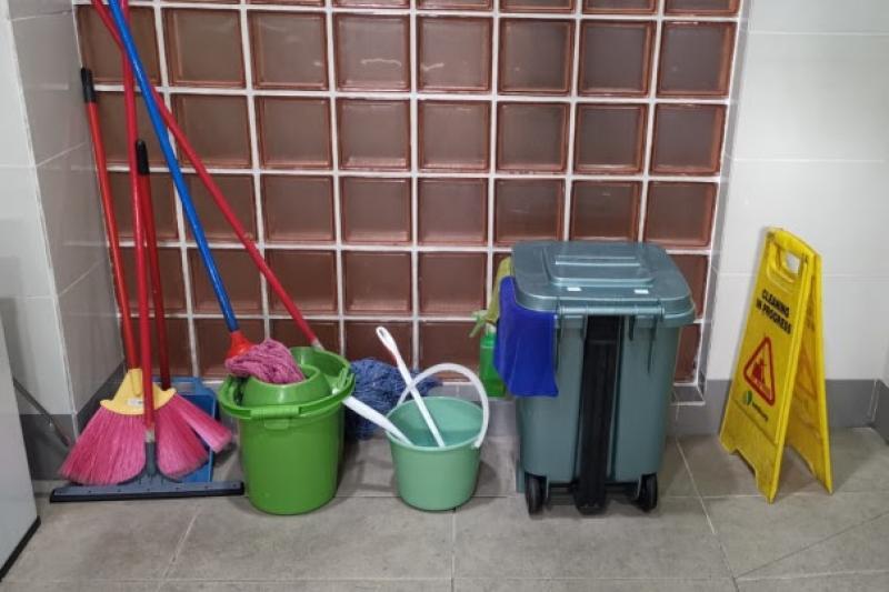 20210315-toilet-caretaker-cleaning.jpg