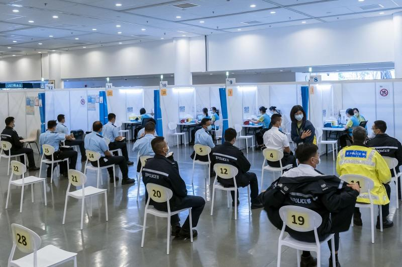 20210316-sinovac HK police AFP.jpg
