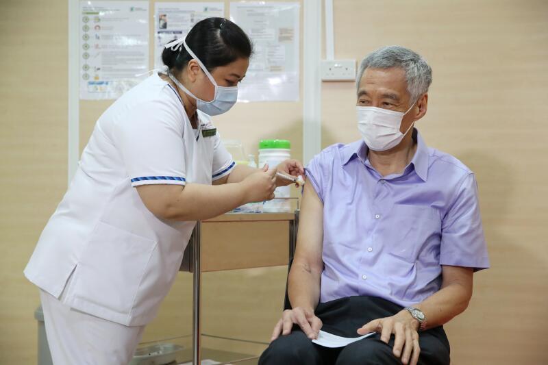 202103018-LHL vaccine.jpg