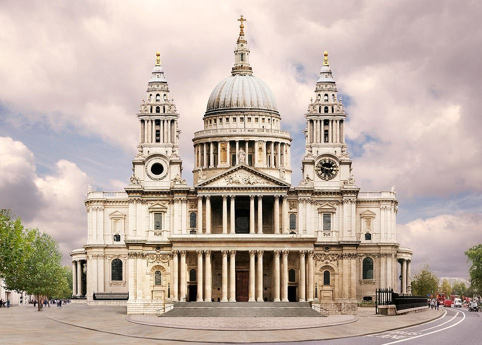 20210325 St_Paul_s_Cathedral_in_London_is_the_most_beautiful_building_in_-a-34_1616083870257.jpg