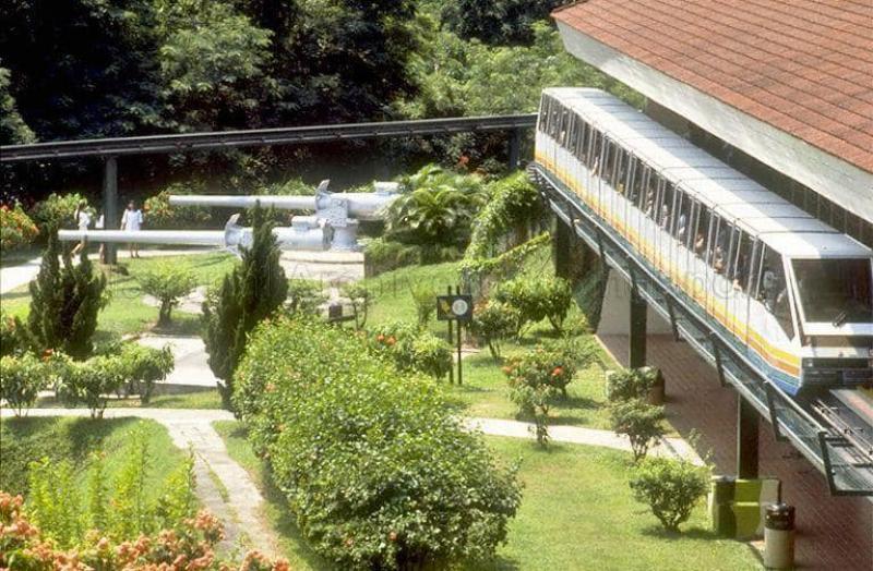 20210330-monorail.jpg