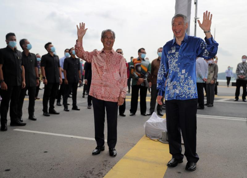 20210413 lhl and muhyiddin.jpg