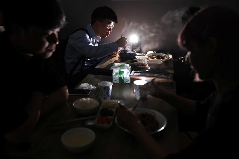 20210520-Taiwan Power Outage 03.jpg