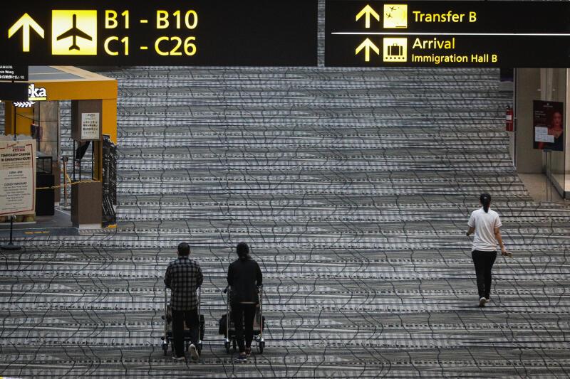 20210521 - Changi Airport Inside (ZB).jpg