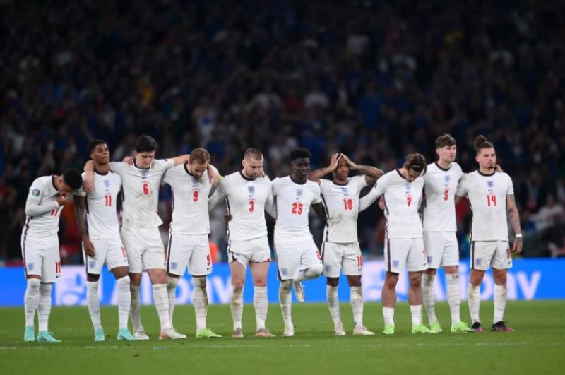 20210714-team england.png