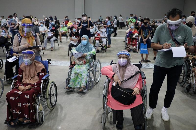 20210726-malaysia vaccination.jpg
