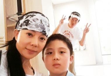 狄莺和孙鹏与儿子