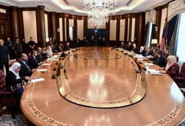马来西亚首相马哈迪主持新内阁会议