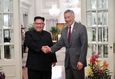 新加坡总理李显龙与朝鲜最高领导人金正恩