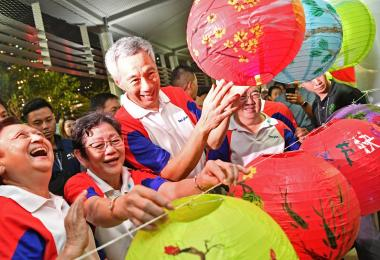 PM Lee Hsien Loong - Happy Mid-Autumn Festival