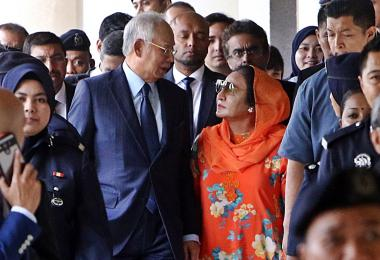 Najib and Rosmah walk out of court
