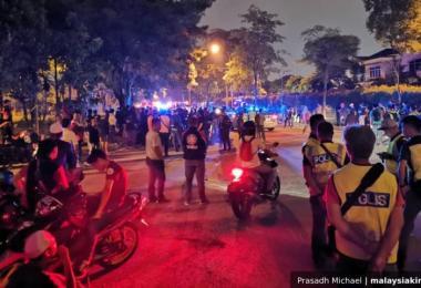 马来西亚吉隆坡兴都庙上个月发生骚乱,导致一名马来消防员遇袭受重伤,不幸逝世。