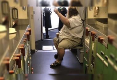 该名要求空姐擦屁股的奥客,成为受害者空姐心里挥之不去的阴影。