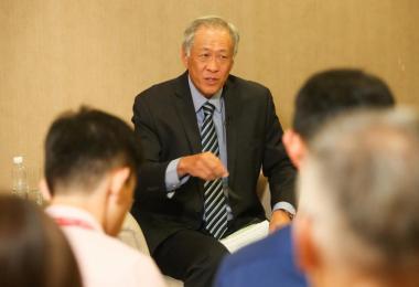 国防部长黄永宏。