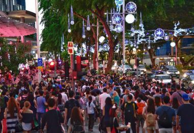 新加坡乌节路人潮