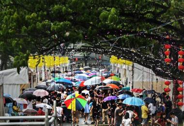 """新加坡版""""士林夜市""""登陆狮城。(取自《联合早报》)"""