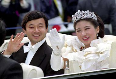 1993年6月9日,日本太子德仁与雅子妃结婚。(风传媒)