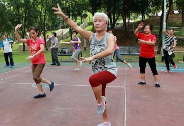 随着人口老化,养老肯定成为新加坡最大的社会问题之一。
