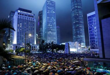 """""""脱下职员证和制服后都是香港人"""" 公务员举办集会吁港府回应市民诉求"""
