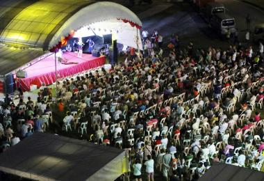 新加坡7月歌台