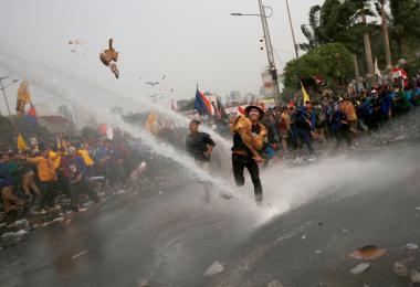 刑法越修越保守 印尼大学生示威要求撤回恶法