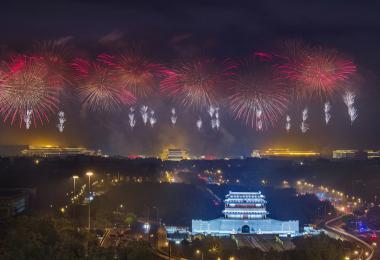 新加坡祝你生日快乐。