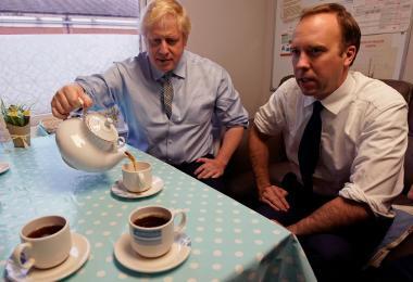【Covid-19】美国确诊数跃居世界第一 英国首相、卫生部长先后染冠病