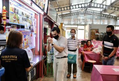 走访熟食中心派口罩被抨违规 谢世儒:我是去教育小贩戴口罩