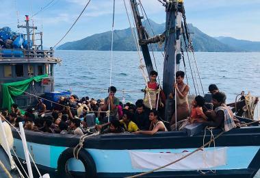 罗西亚难民被扣留在兰卡威海域
