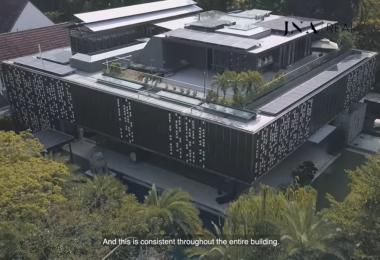 建筑面积是10个篮球场那么大