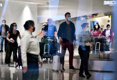 隔离和检测都得自费? 一文看懂18日起入境新加坡得花多少钱