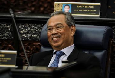 恭贺完提前大选的李显龙总理 慕尤丁会否也搞一场闪电大选?