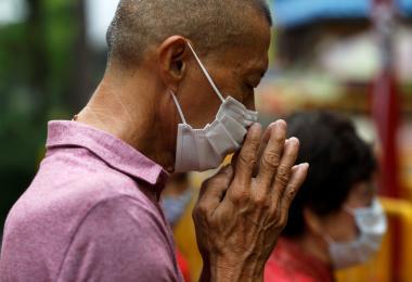 日澳港菲第二波疫情来袭 新加坡如何避免成为下一个?