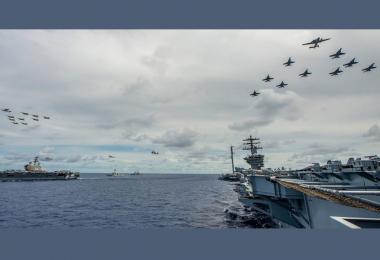 南中国海军事演习