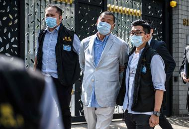 香港警察拘捕了壹传媒创办人黎智英