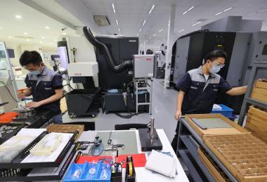制造业提供逾6300份工作机会给国人,外籍员工薪资门槛也被调高