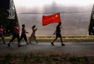 """""""形象改造工程""""踢到铁板? 发达国家民众对中国负面观感创新高"""