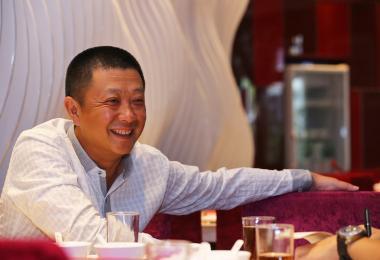 新加坡首富海底捞老板,送20多岁儿子一栋4200万新元顶级豪宅