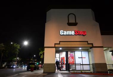 美国华尔街巨鳄被整惨的Gamestop事件:股价狂飙1700%