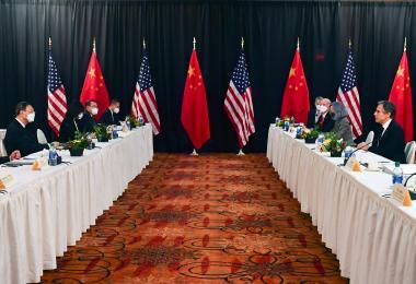 记者被叫进叫出、晚宴泡汤 中美外交会谈火药味浓!