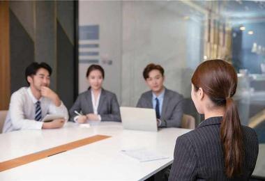 新加坡金融业难以招聘华语流利者