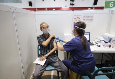 """打疫苗这回事非关""""站队"""" 不就是为了健康而已"""
