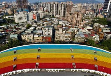 空无一人的板桥体育场
